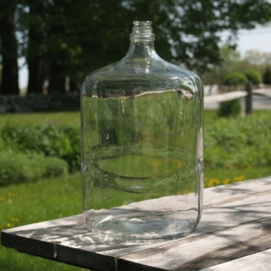 Picture of Italian 6.5 Gallon Glass Carboy