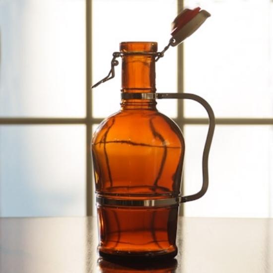 Picture of 2 Liter Metal Handle Growler