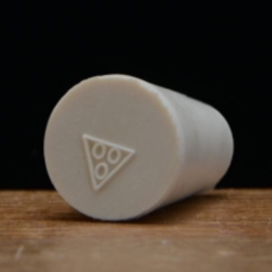 Picture of Solid Rubber Stopper #000