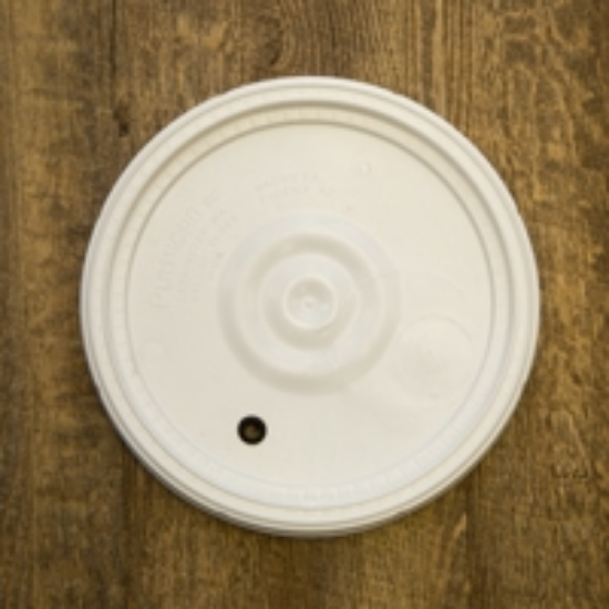 Picture of 6.5 Gallon Lid only - Drilled with Grommet