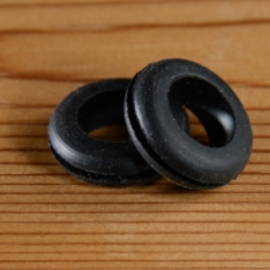 Picture of Extra Grommet for all lids-Large