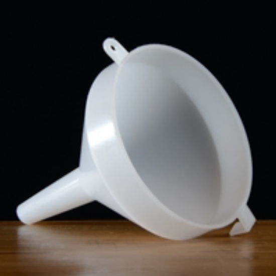 """Picture of 4.5"""" Plastic Funnel"""