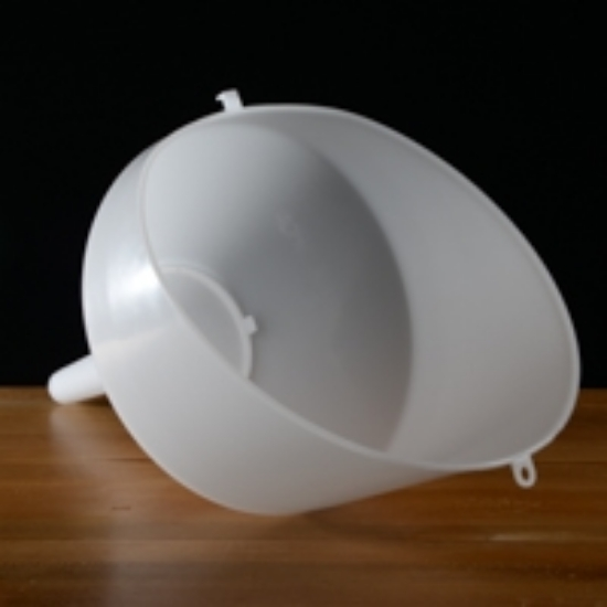 "Picture of 10"" Anti-Splash Funnel"